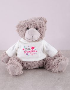 Grandmothers hold a very special place in the hearts of their grandchildren. Explore our range of Grandparents' Day gifts to find the perfect gift idea for a grandmother like no other. Start with this personalised grandma teddy, an ode, in the form of a gift, to all the hugs filled with love you love to get from her, and the cheek smooches too! Order gifts online with NetFlorist to wish her a very happy Grandparents' Day. 21 Balloons, Heart Balloons, Pink Happy Birthday, Happy Birthday Candles, Happy Grandparents Day, Unicorn Balloon, Teddy Bear Gifts, Grandpa Gifts, Online Gifts