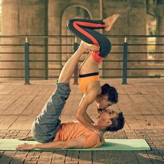 Yogic kiss with Diana and Alim.  It's probably a bit of a cliche but who can resist an acro-yoga kiss? The couples that yoga together stay together.
