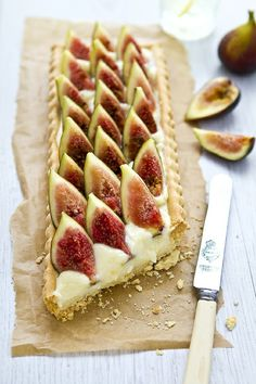 Fig Tart - Need to get more fig recipes to use our figs! Just Desserts, Delicious Desserts, Yummy Food, Tasty, Dessert Healthy, Sweet Pie, Sweet Tarts, Think Food, Love Food