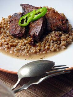 Roston sertésmáj, rizottó-gerslivel Quinoa, Grains, Pork, Rice, Beef, Bulgur, Kale Stir Fry, Meat, Pigs