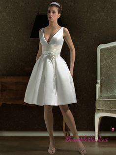 Preiswert Kurz Brautkleid Korsage Standesamt Schlicht GWRW139  €255.20