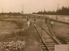 1902 - Linha de bonde na avenida Doutor Arnaldo e o muro do cemitério do Araçá.