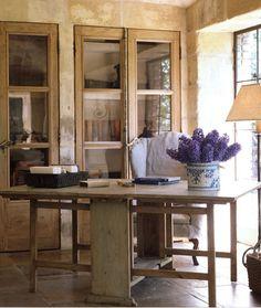 built ins.. Décor de Provence: Pierce Designs & Associates...