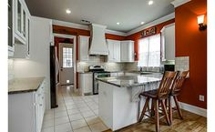 Small kitchen done right