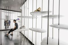 SHANGHAI – Francesco Gatti is disarmingly open about the beginnings of his design for the Asa concept store in Shanghai: 'This is one of the few projects I did without preliminary thinking. Showroom Interior Design, Interior Design Magazine, Retail Interior, Visual Merchandising, Retail Space, Shop Interiors, Design Furniture, Retail Shop, Commercial Interiors