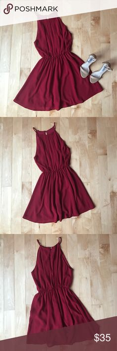 Red Dress Red dress, cinches at waist, size small, new condition! Windsor Dresses