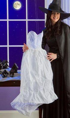 DIY Halloween : DIY Ghostly Dress Decor