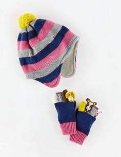 Novelty Hat and Mittens Set