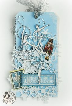 Love the snowy and beautiful atmosphere of this tag by @Alberto Juarez Diaz using Nutcracker Sweet. Amazing! #graphic45 #tags