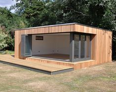 Contemporary garden studio with flooring - # . - Contemporary garden studio with flooring – # Contemporary - Backyard Office, Backyard Studio, Garden Office, Sea Container Homes, Building A Container Home, Contemporary Garden, Contemporary Bathrooms, Contemporary Interior, Contemporary Building
