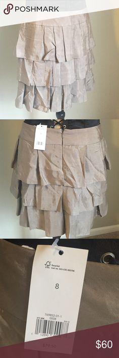 🍌 Banana Republic Skirt 🍌 Brand new with tags! Color: light olive/khaki green. Banana Republic Skirts