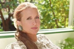 Your Year-by-Year List of Danielle Steel's Books