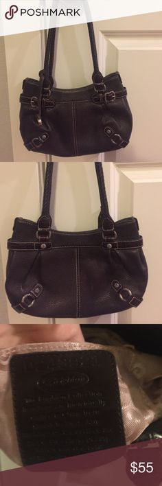 "Brighton Black Leather Handbag Like new black leather Brighton Handbag! Paid over $150! Measures 11"" x 7""! Check out my closet too! Brighton Bags Shoulder Bags"