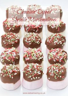 Chocolate Dipped Marshmallows with sprinkles recipe - a fun homemade Christmas gift idea that kids can make themselves - great for party food treats too christmas food party Christmas Nibbles, Christmas Buffet, Christmas Party Food, Xmas Food, Christmas Cooking, Diy Christmas, Homemade Christmas Gifts Food, Christmas Baking For Kids, Christmas Canapes