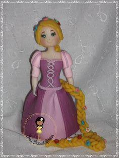 Princesa Rapunzel em biscuit