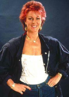Anni Frid. Sexy Older Women, Old Women, Stephen Bishop, Frida Abba, Phil Collins, Rock Groups, Types Of Music, Pop Music, Stockholm