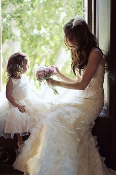 @dsevere   36 Cute Wedding Photo Ideas of Bride and Flower Girl | http://www.deerpearlflowers.com/36-cute-wedding-photo-ideas-of-bride-and-flower-girl/
