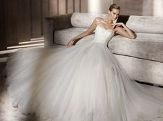 vestido de novia barroco pronovias