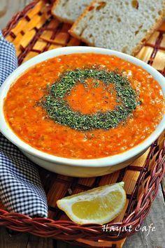Ezogelin Çorbası Tarifi www.e-beyzade.com www.beyzadefood.com