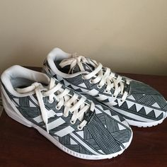 405e47b8bc18f Adidas ZX Flux Black and white adidas ZX Flux. Small scuff on right shoe.