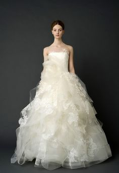 Dress of the day 5.24.12  Vera Wang: Helena    Click on our blog for our daily pick!