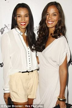 Brooklyn and Amanda Sudano. Donna Summer's daughters (Daughter Mimi is missing from photo). So pretty!