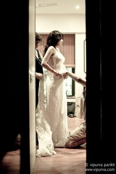 Tina Weds Pakzad. The bride gets ready before the ceremony