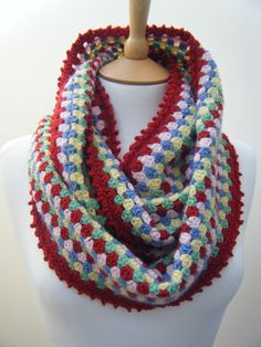 Betsy Makes ....: Colourful Cowl with Pattern