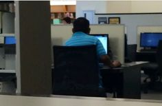 This guy is tryna watch porn... WE ARE IN A PUBLIC LIBRARY!!! Via @Judith_Denise