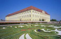 Schloss Hof outside of Vienna Austria, Salzburg, Humble Abode, Cathedrals, Palaces, Vienna, Most Beautiful Pictures, Photo Galleries, Castle