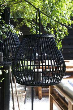 KARWEI | Met lantaarns zorg je voor sfeerverlichting op lange avonden buiten.