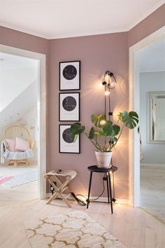 The renovation of a house in pastel colors - PLANETE DECO .- Die Renovierung eines Hauses in Pastellfarben – PLANETE DECO eine Wohnwelt – The renovation of a house in pastel colors – PLANETE DECO a living environment – colors - Interior Design Living Room, Living Room Designs, Colors For Bedrooms, Living Room Wall Colors, Bedroom Paint Colors, Mauve Bedroom, Light Pink Bedrooms, Pastel Living Room, Interior Wall Colors