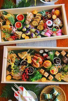Japanese Lunch, Japanese Dishes, Japanese Food, New Year's Food, Love Food, Sushi Comida, Food Displays, Food Presentation, Food Design