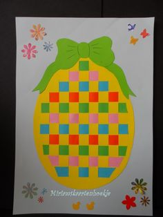 Easter Egg Paper Weaving - Easy Peasy and Fun Easter Craft Activities, Easter Arts And Crafts, Spring Crafts, Holiday Crafts, Teddy Bear Crafts, Easter Egg Designs, Paper Weaving, Art Lessons Elementary, Easter Eggs