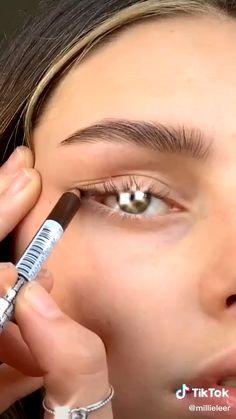 Makeup Eye Looks, Cute Makeup, Retro Makeup, Simple Makeup, Natural Makeup, Makeup 101, Skin Makeup, Makeup Trends, Makeup Inspo