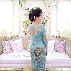 ___ #kebaya #lace #beads #swarovski #handmade