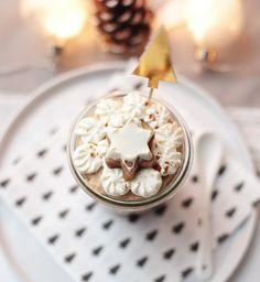 Lebkuchenmousse mit Zimtkirschen Under The Mistletoe, Apres Ski, No Bake Cake, Ice Cream, Baking, Breakfast, Desserts, Snow White, Christmas