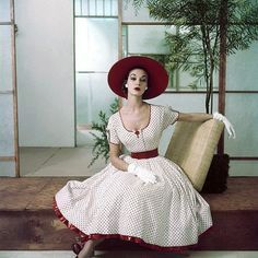 Vintage Fashion: beautiful white dress with dark red trim and accents.