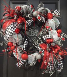 """""""BE MY VALENTINE"""" - XXL Whimsical Chic Glitzy Deco Mesh Valentine's Day Wreath by DecorClassicFlorals, $ 159.95 on Etsy"""