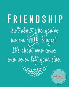Love this FREE Friendship printable. The perfect gift for my girlfriends! www.entirelyeventfulday.com #friendship #quote