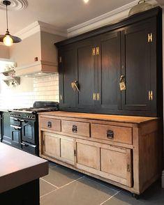Modern Kitchen Interior black rustic kitchen natural wood and black cabinets - Kitchen Redo, New Kitchen, Kitchen Ideas, Kitchen Black, Kitchen Layout, Floors Kitchen, Kitchen Counters, Kitchen Designs, Kitchen Backsplash