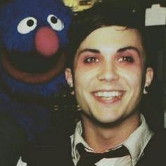 HIS SMILE THO!! @iLikeBands0501 ♥
