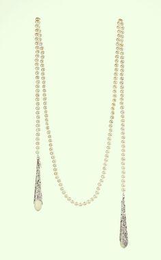 Sautoir perles Anna Rivka http://www.vogue.fr/joaillerie/portrait/diaporama/rencontre-avec-la-creatrice-de-bijoux-anna-rivka/21512/image/1119035#!sautoir-perles-anna-rivka
