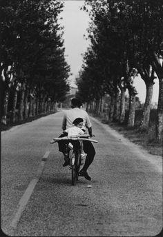 Elliott Erwitt - Provence, 1955