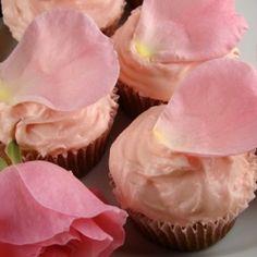Nigella Lawson's Vanilla Fairy Cakes with Queen Elizabeth Pink Rose Petals