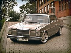 Mercedes-Benz (W114) Coupé