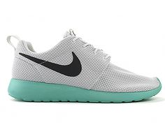 Nike womens running shoes are designed with innovative features and  technologies to help you run your best 9371a6da5