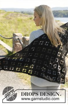 "Crochet DROPS shawl in ""Alpaca"". ~ DROPS Design"