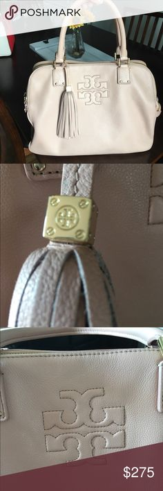 Tory Burch Blush Purse Authentic Tory Burch blush purse. In excellent condition! The perfect bag for the spring and summer! :) Tory Burch Bags
