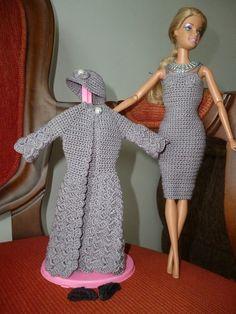 vestido de crochê para boneca Barbie com decote profundo